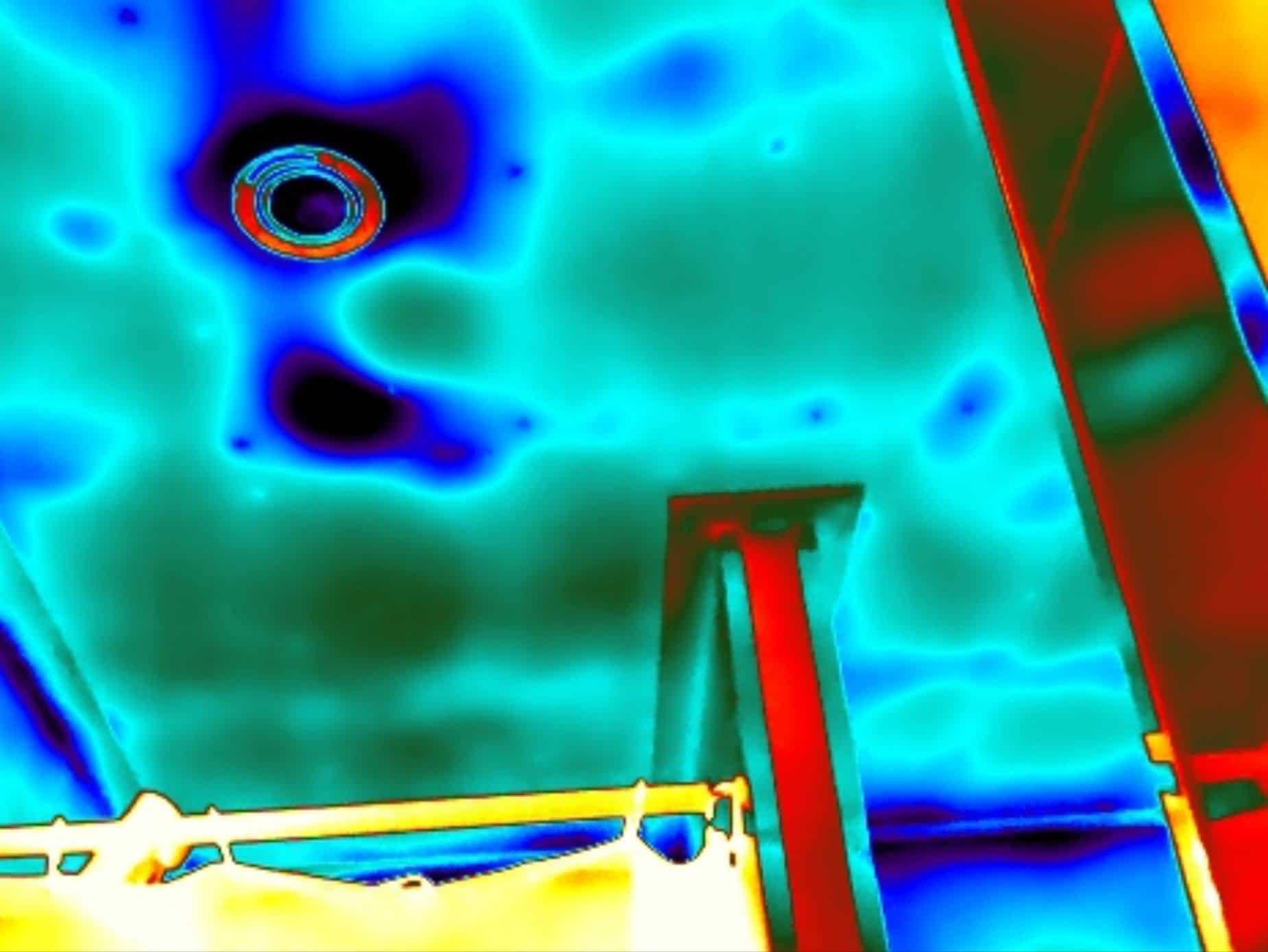 Thermografie maakt vochtproblemen zichtbaar.