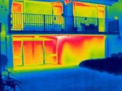 Thermografie bij flats van Woonzorg Nederland in Ter Apel.